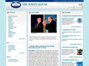 2007 : un CSS partiel mais une structure en tableau HTML